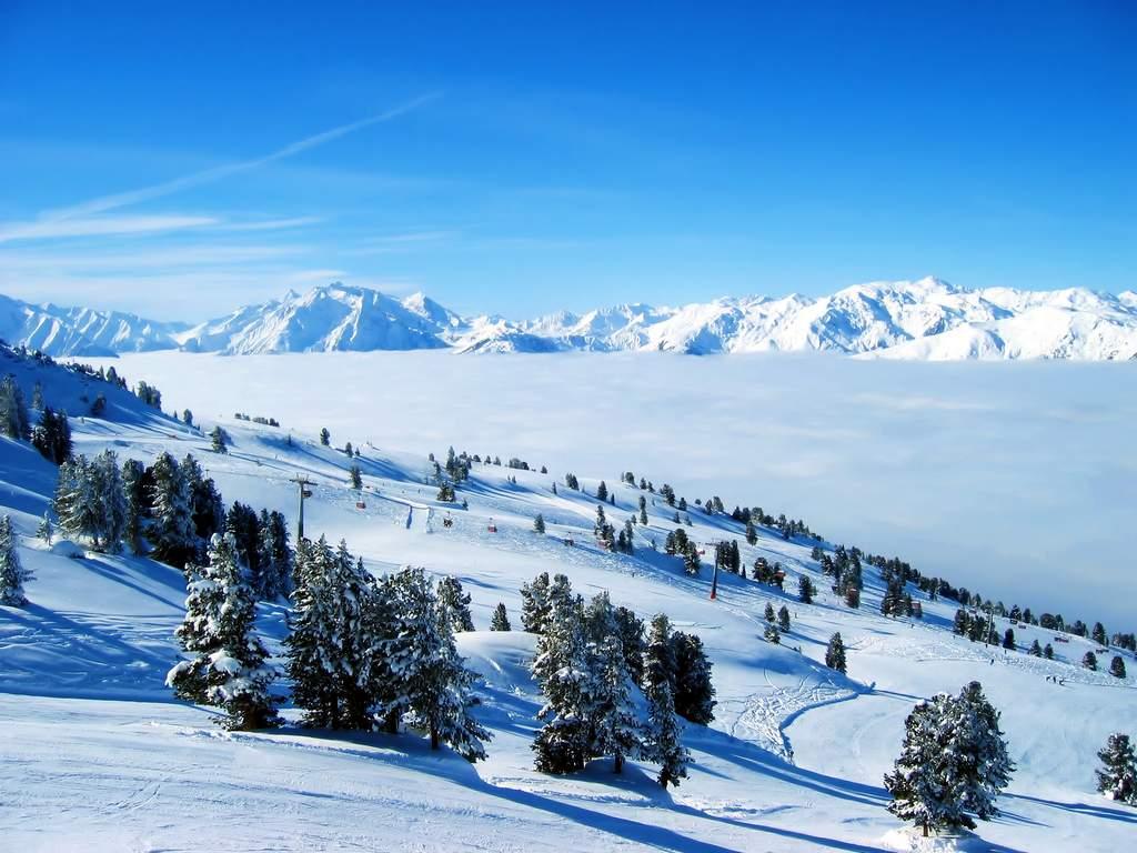 Quang cảnh đẹp nhất Thế Giới với những đồi tuyết trắng